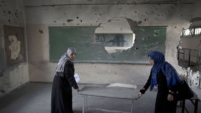 Palestinian school damaged during Protective Edge (Photo: AFP)